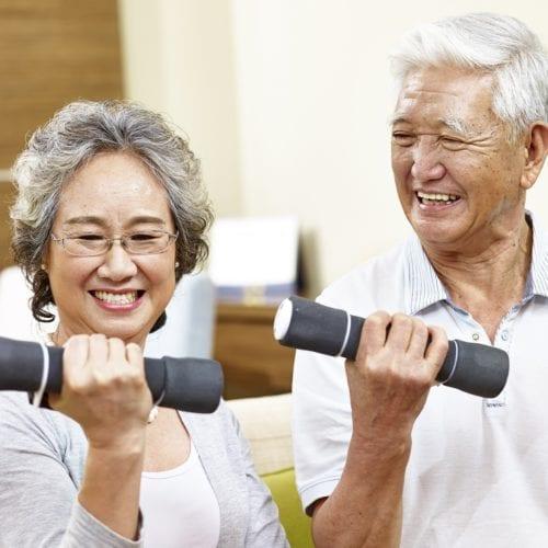 补充乳蛋白对老年人的影响
