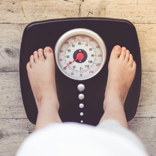 较高的乳脂摄入量与较低的儿童超重、肥胖发生的综述