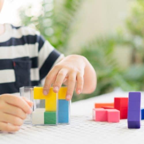 足够的营养摄入量,对婴幼儿神经认知发育至关重要