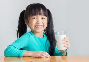 乳制品在健康饮食中的作用 1